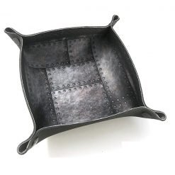iron-dice-tray